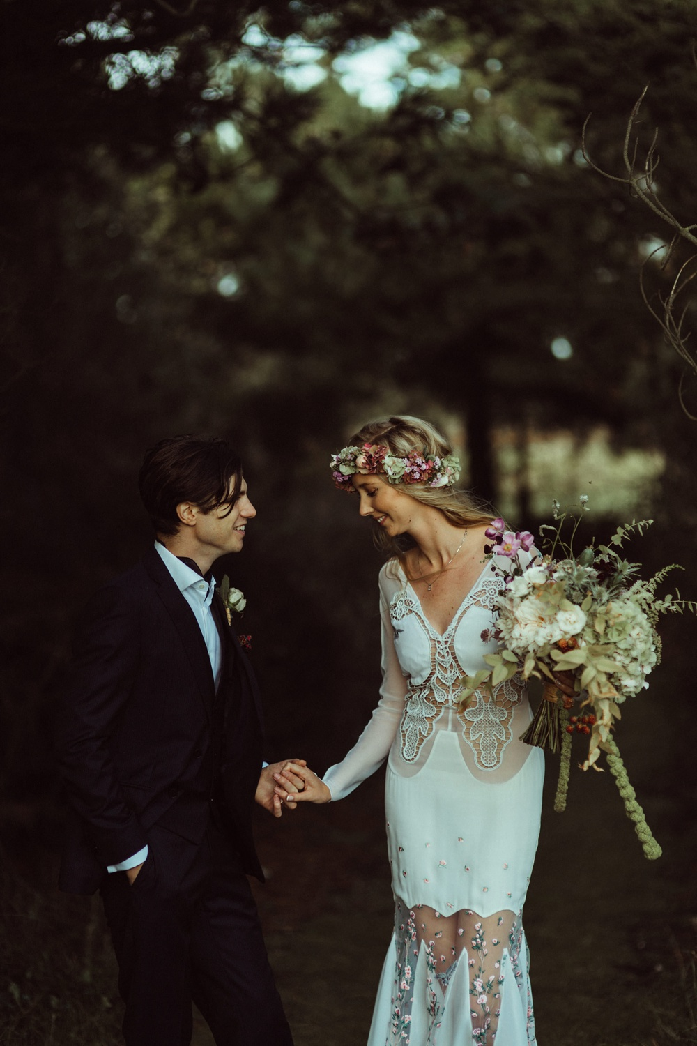 bride and groom photo shoot in New Forest, England