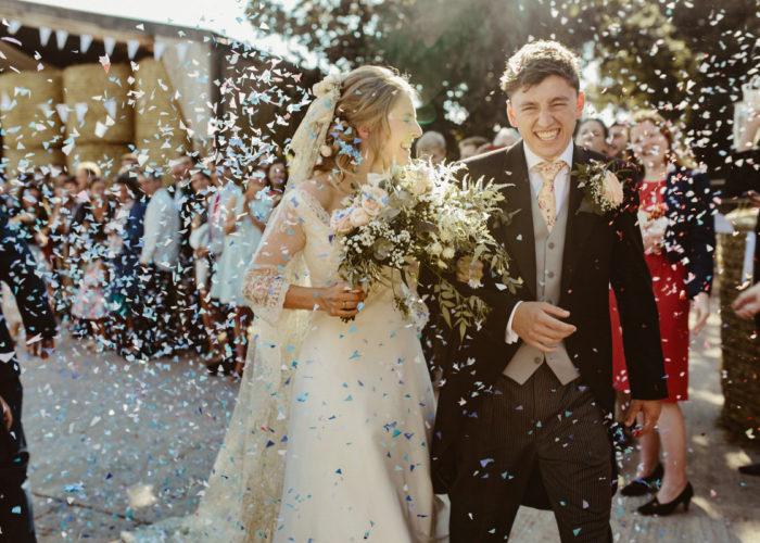 Confetti Wedding Pictures Ideas