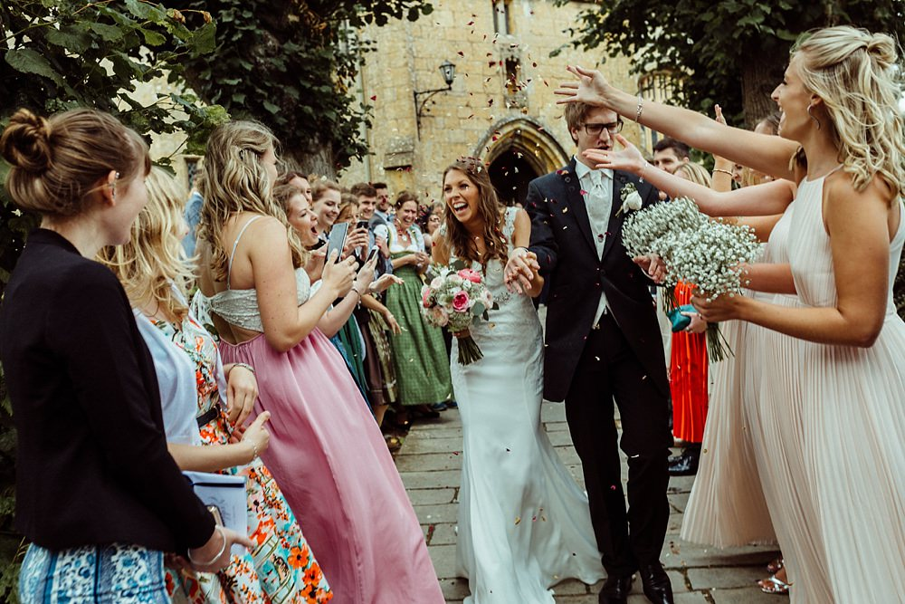 confetti wedding photos Cotswolds