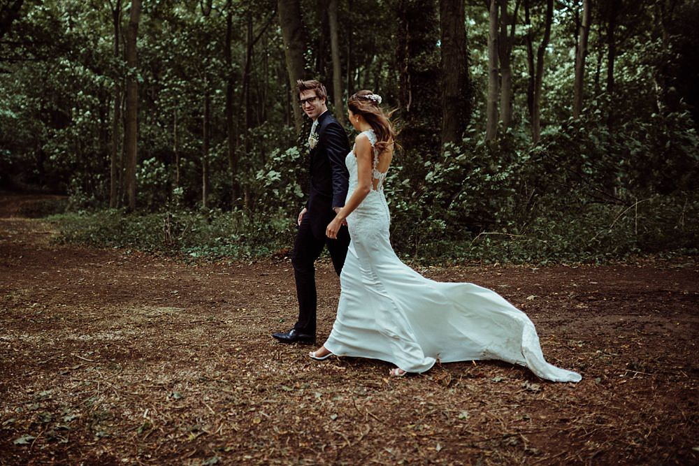 Cotswolds wedding photos in forest