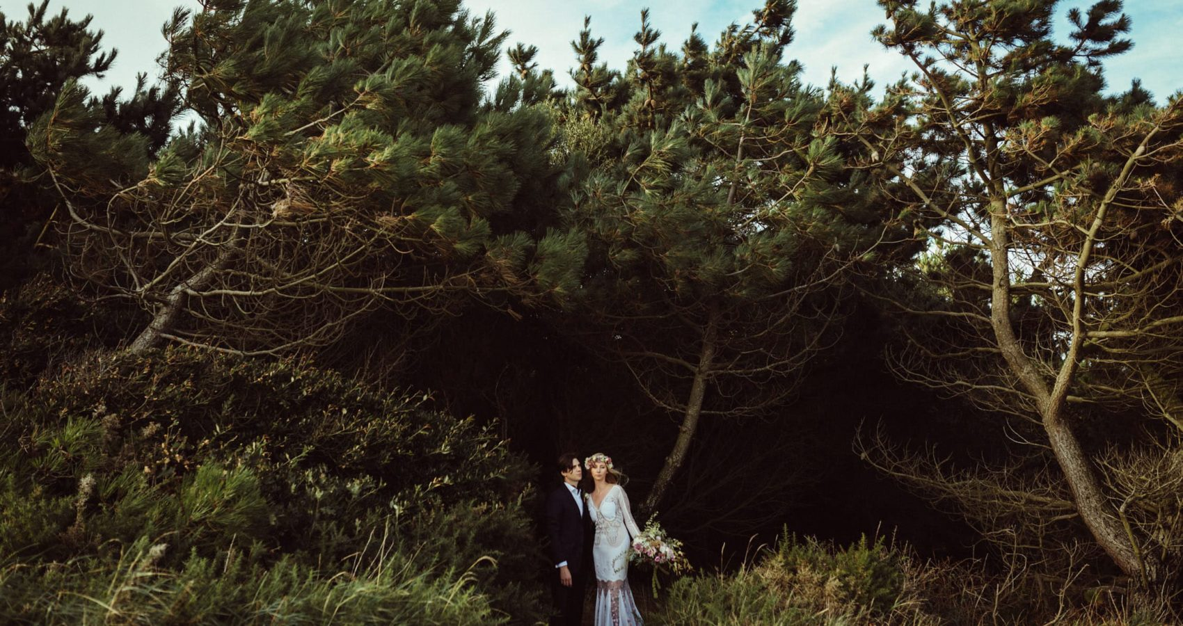 Outdoor wedding in New Forest by London wedding photographers