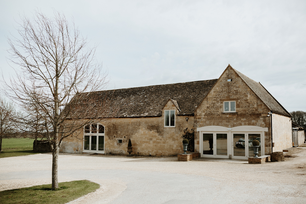 Lapstone Barn Wedding Venue