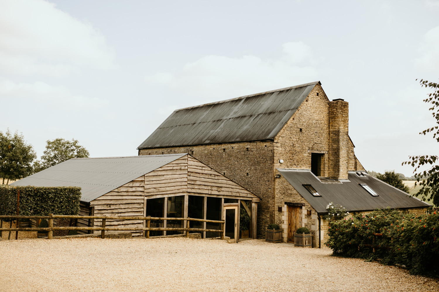 stone wedding barn in the cotswolds countryside