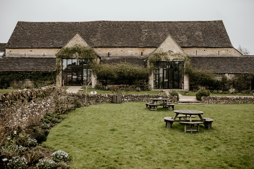 Cotswolds stone barn The Great Thythe Barn