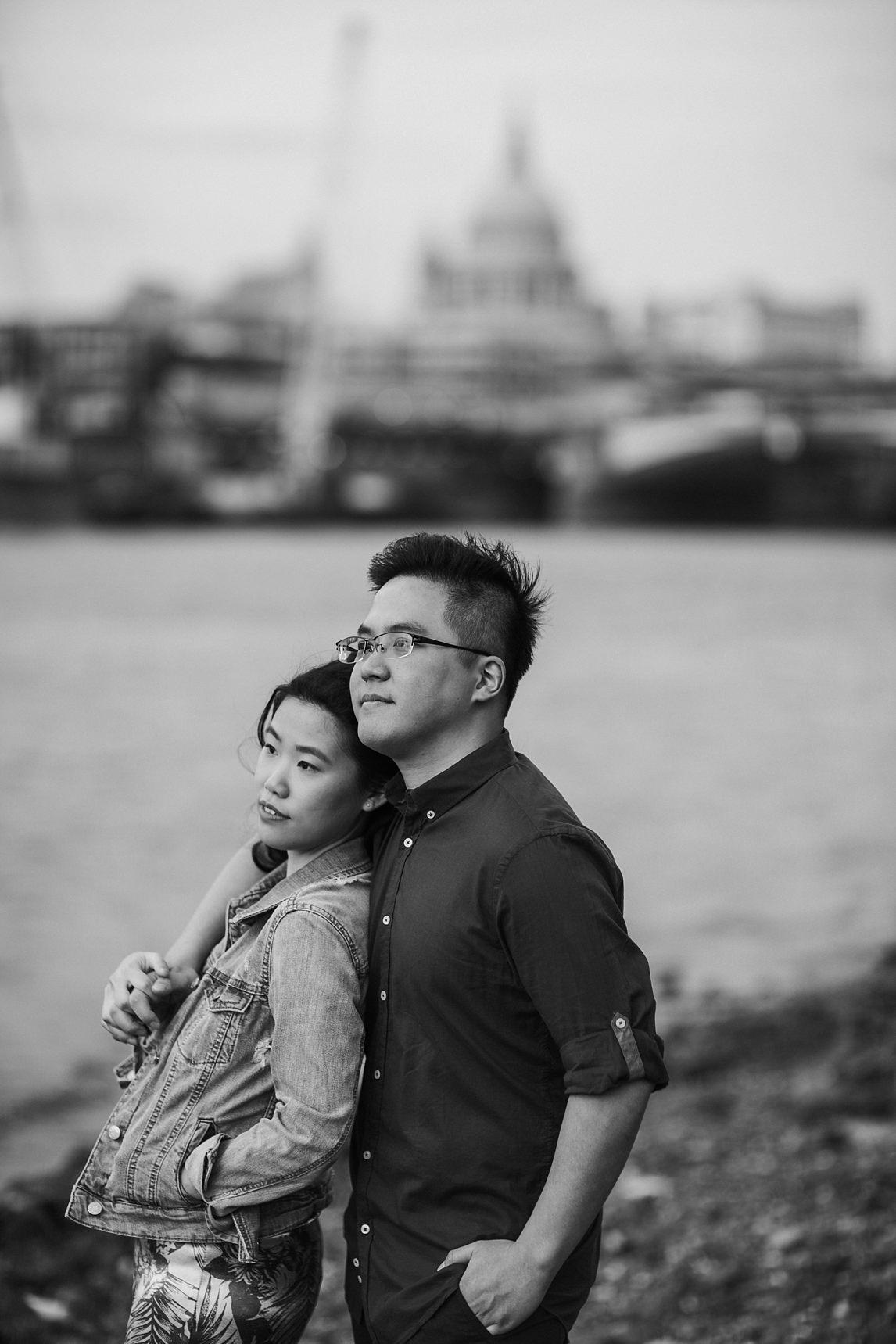 engagement photo shoot southbank london