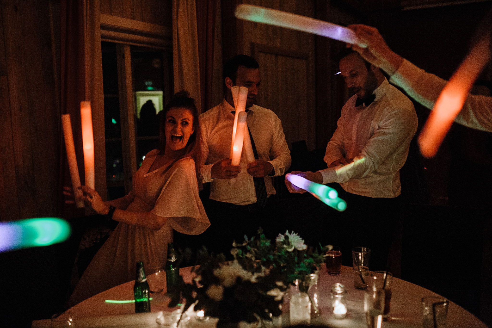 glow sticks fun wedding entertainment ideas