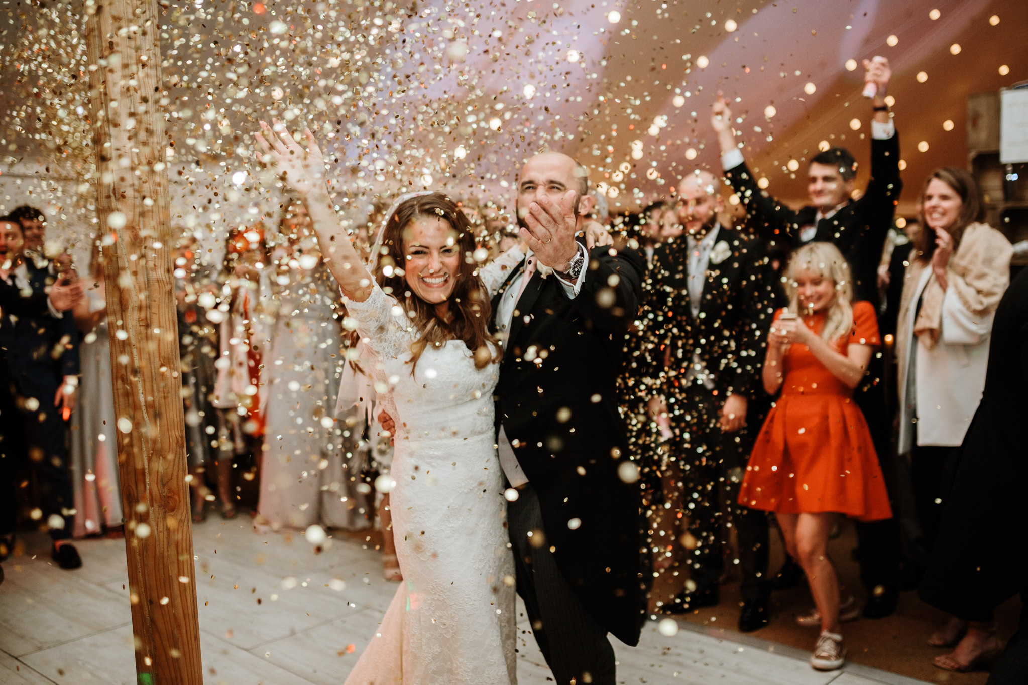 confetti cannons for wedding entertainment ideas on the dance floor
