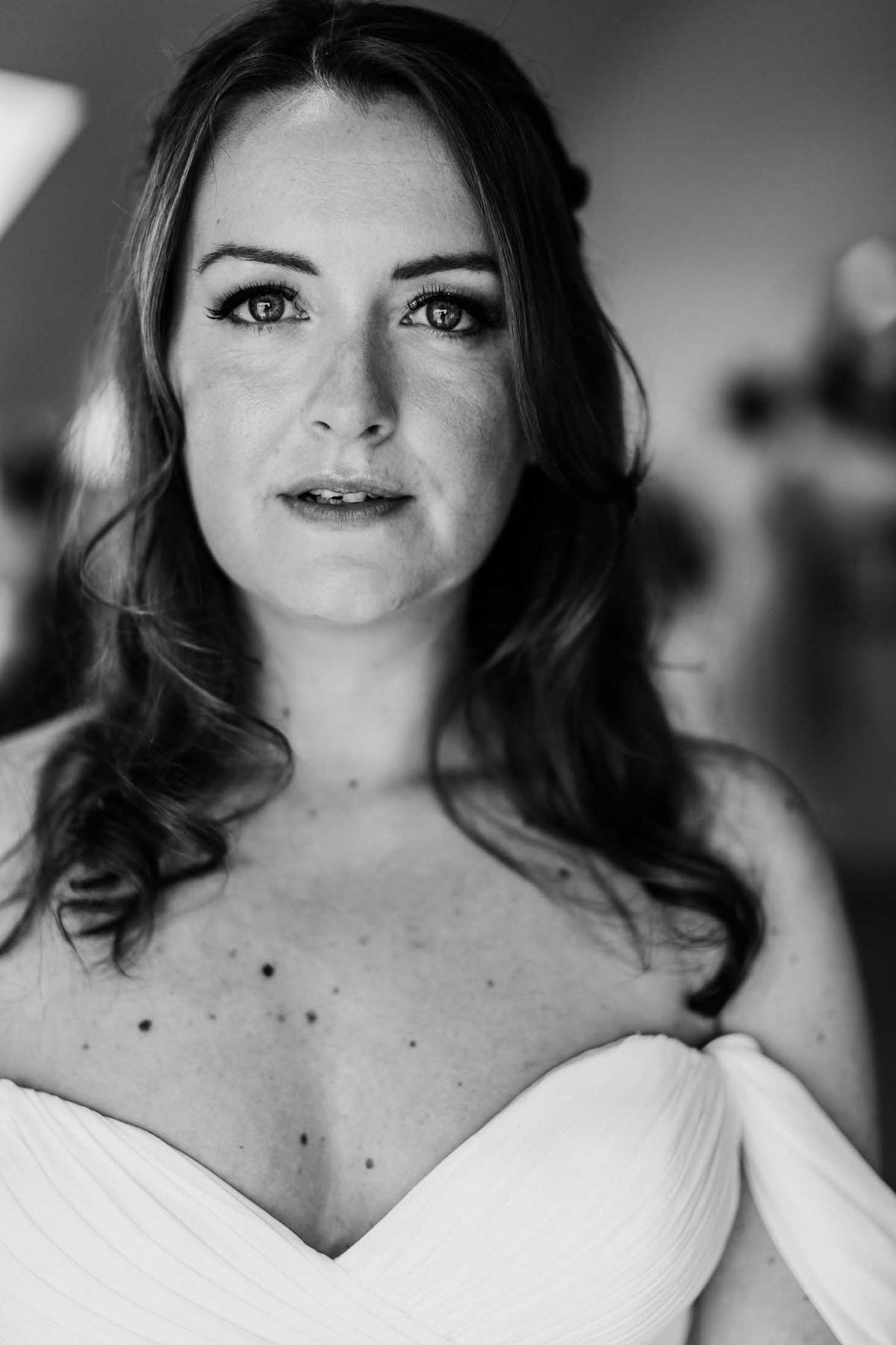 black and white portrait of bride before her hyde house wedding ceremony