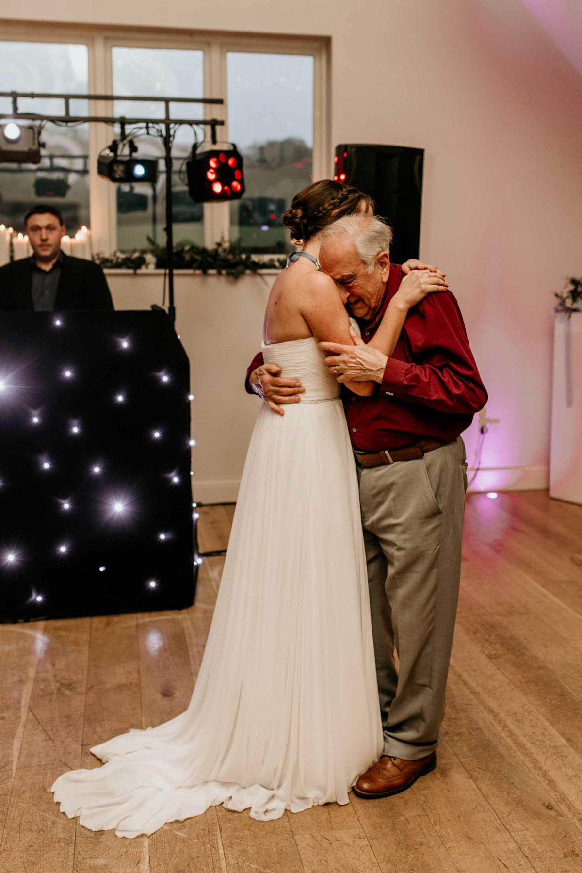 bride first dance with her grandad at hyde house wedding venue