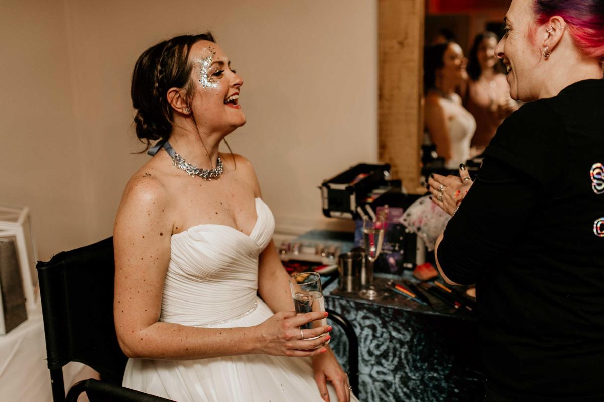 glitter artist for a wedding reception idea