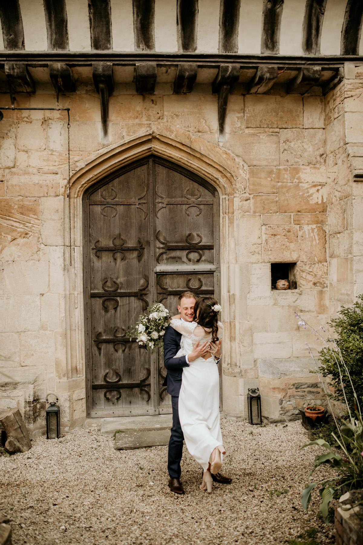 Priors Court Barn bridal portraits by Gloucestershire wedding photographer